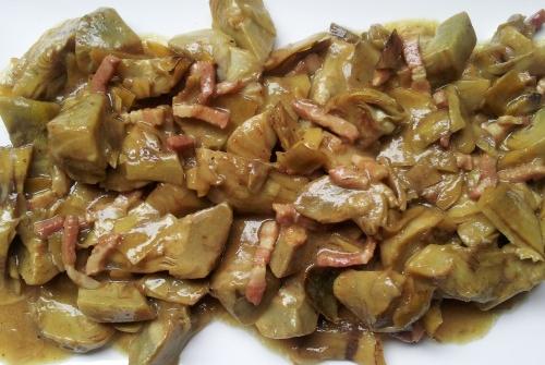Alcachofas en salsa de cerveza