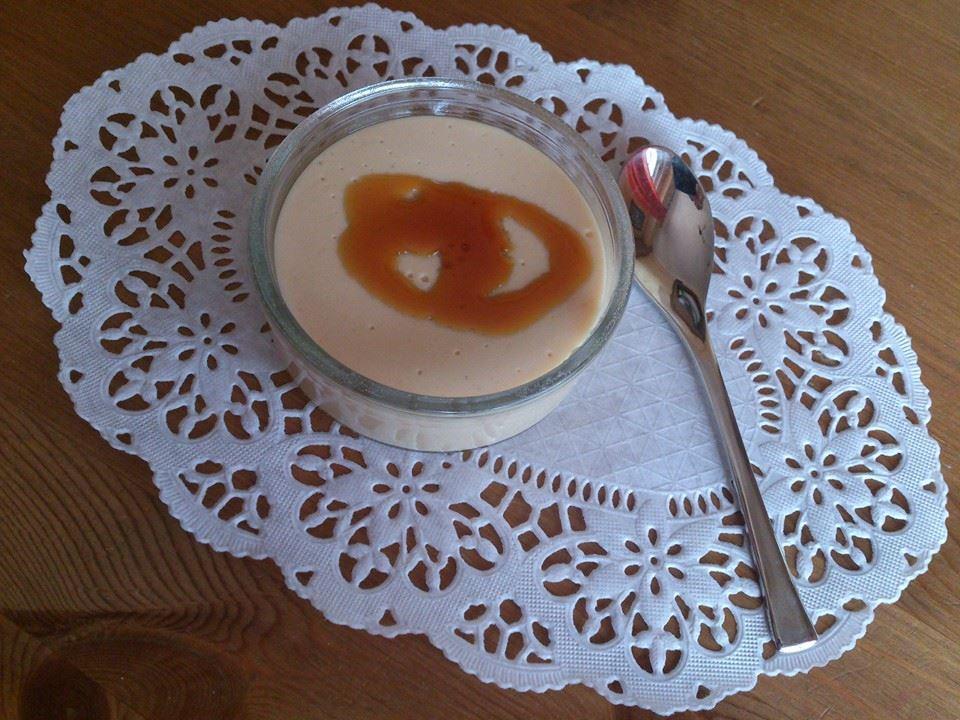 Flan de turrón de yema tostada