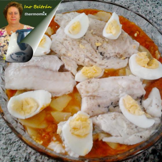 Receta: Pisto y lubina en papillote con patatas y huevos duros