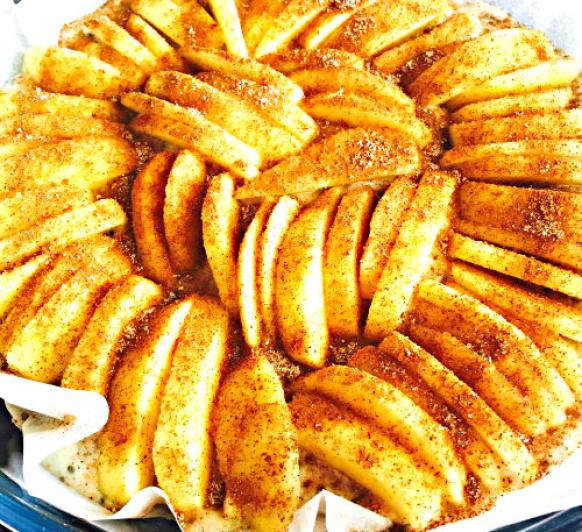 Pastel vegano de manzana y espelta