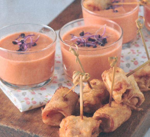 Melón con jamón en tempura con Gazpacho de melón