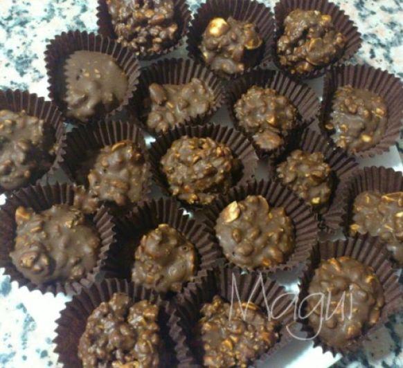 Turrón de chocolate crujiente o bombones, tú decides