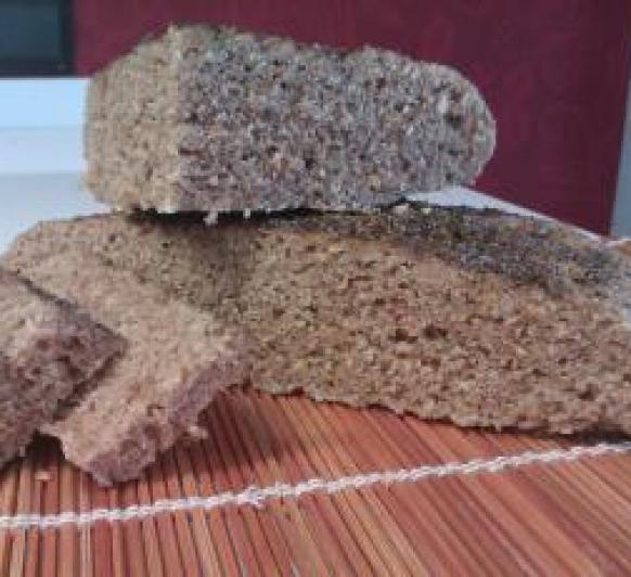 Pan integral de semillas al vapor